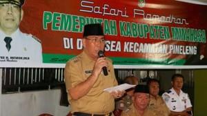 Penjabat Bupati Minahasa, Drs. Royke Mewoh, Safari Ramadhan, Mesjid Nurut Taqwa Desa Sea,