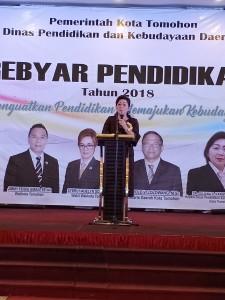 Kadis Pendidikan dan Kebudayaan Dr Juliana Dolvin Karwur MKes MSi