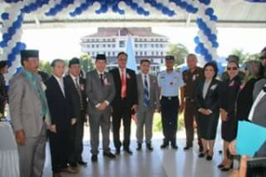 Wali Kota Vicky Lumentut Pimpin Upacara Hardiknas di Lapangan Tikala