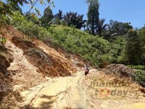 Jalan Powalutan, longsor Jalan Powalutan, Camat Ranoiapo, Jois Wakas,