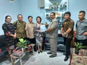 Ketua DPRD Tomohon bersama rombongan dan anggota DPRD Surabaya