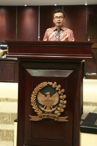 Senator Ir Stefanus BAN Liow membawakan aspirasi warga Sulawesi Utara