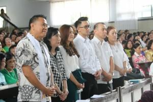 Keluarga kedua calon pengantin sata ibadah di Gereja GMIm Maranatha Paslaten