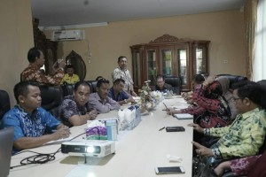 Komisi II DPRD Barito Kuala Studi Tiru di Mal Pelayanan Publik Tomohon