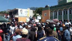 Masyarakat Nekat Kurung Wali Kota di Balai Kota dan Tuntut Uang Tebusan