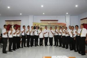 Wali Kota, bersama peserta Laki-laki Diklat PIM IV