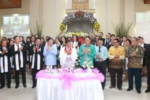Wali Kota Tomohon dan Wali Kota Manado  hadiri Ibadah HUT ke-36 Jemaat GMIM Maranatha Kakaskasen
