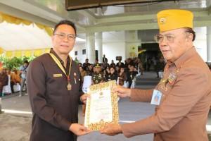 Wali Kota Tomohon dianugerahi Bintang kehormatan Tertinggi LVRI