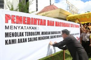 Penandatanganan pernyataan sikap tolak radikalisme