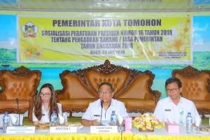 Sekretaris Kota Tomohon membuka kegiatan dan memberikan sambutan