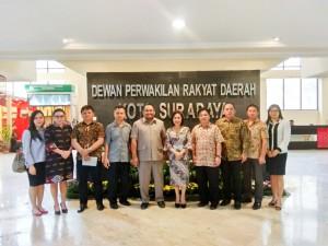 Rombongan DPRD Tomohon di DPRD Surabaya