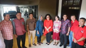 Bupati Minahasa Dampingi Gubernur Sulut Hadiri Perayaan Lebaran Ketupat Di Kampung Jawa5