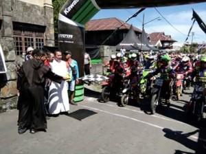 OMK Fun Adventure , Desa Kiawa, Queen Lumintang,Lexy Nangoy PR,