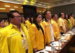 Jimmy F Eman SE Ak bersama pengurus teras DPD Partai Golkar Kota Tomohon
