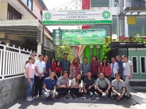 Senator SBAN Liow Kunjungi Mahasiswa Asal Sulut di Atro Bali