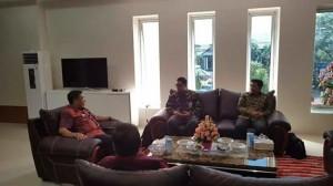 Bupati Royke Mewoh Terima Kunjungan Tim Sosialisasi KPK