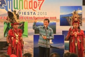 Kawanua Kota Balikpapan ,Manado Fiesta 2018, Vicky Lumentut