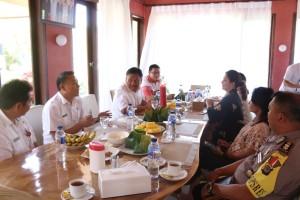 Wali Kota Tomohon Presentasi TIFF kepada Gubernur