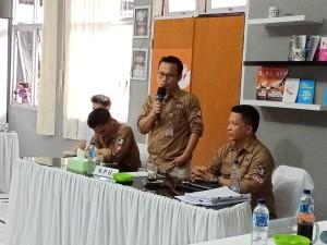 Tiga Komisioner KPU Tomohon saat menerima pendaftaran Bacaleg dari Parpol