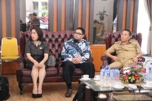 Wali Kota Tomohon, Ketua DPRD Tomohon dan Tim KPK