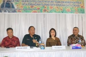 Sekkot membawakan sambutan Wali Kota Tomohon
