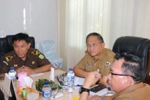 Sekretaris Kota Ir Harold Lolowang sata menerima kunjungan Tim PPA Kejagung