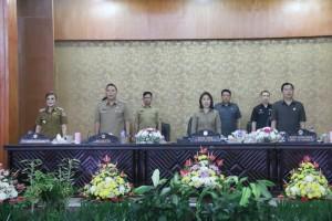 Rapat Paripurna Pemandangan Umum Fraksi tentang RAPBD Perubahan dan Tanggapan Wali Kota