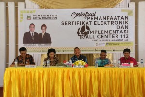 Wali Kota Tomohon di Sosialisasi Pemanfaatan Sertifikat Elektronik dan Implementasi Call Center 112