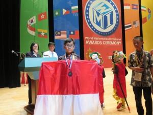Taro Satoshi Roeroe, pemenang World Mathemartic Invitation 2018 di Seoul Korea Selatan