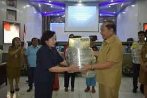 Walikota Bitung ,Maximiliaan J Lomban SE MSi , Bimbingan Manajemen Usaha Bagi Perempuan,ODSK