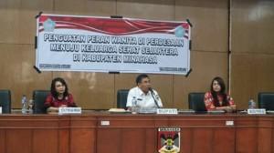 Bupati Minahasa, Drs Royke H Mewoh DEA, Keluarga Sehat Sejahtera