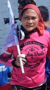Istri Walikota Bitung Khouni Lomban Rawung Jadi Peserta Rekor Muri Menyelam Massal