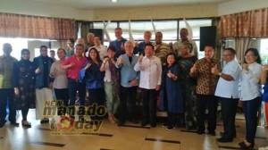 Foto bersama dengan 15 Dubes dan perwakilan negara sahabat