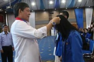 KKN Unima , Vicky Lumentut, Walikota Manado,