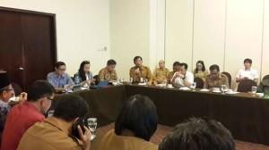 Kepala Kesbangpol Sulut Mecky Onibala,