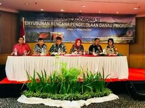 Sekda Presentasikan Keunggulan Danau Tondano di Rakor Pengelolaan Danau Prioritas