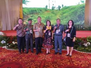 Wali Kota Tomohon bersama jajaran saat menghadiri Rakornis TMMD ke-103