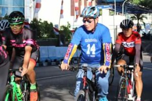 Promosikan Pola Hidup Sehat, MCM Manado Ajak Wali Kota Vicky Lumentut Bersepeda Bersama