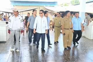 Walikota Vicky Lumentut , Pasar Pinasungkulan, Karombasan, DR Peter KB Assa
