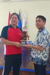 Kadispora Tomohon dan Kepsek SMKN 1 Denpasar