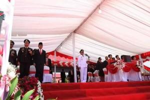Bupati Minahasa Inspektur Upacara Pada Peringatan HUT Proklamasi RI ke-73