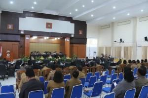 Rapat Paripurna tanggapan wali kota tentang pemandangan umum fraksi
