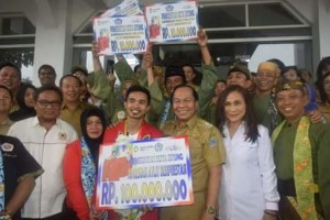 Abdul Malik Atlit Pencak Silat Peraih Emas di Asian Games Dapat Bantuan Pemkot Bitung