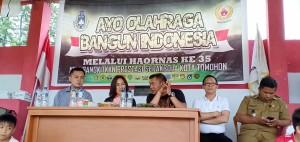 Ketua KONI, Ketua Panitia Haornas, Ketua Harian KONI dan Ketua Askot PSSI dalam pembukaan kegiatan
