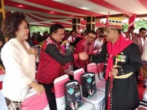 Ir Maurits Mantiri MM , HUT Kota Ambon, Walikota Ambon. Richard Lauhenapessy