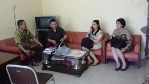 Wakil Ketua DPRD Tomohon, Ketua Komisi III dan anggota bersama Kabag di DPRD Sidoarjo