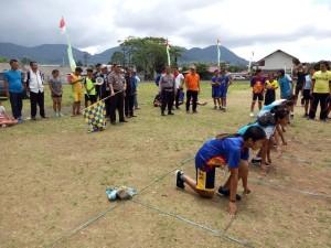 Ketua panitia I Ketut Agus Kusmayadi SIK didampingi Sekretaris Panitia Kompol Thonny Salawati SH di lomba atletik