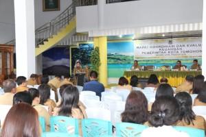 Rakorev Keuangan di Rumah Dinas Wali Kota Tomohon
