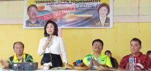 Ketua KONi Tomohon Ir Miky JL Wenur MAP membuka Open Turnamen Tenis se-Sulut di Tomohon