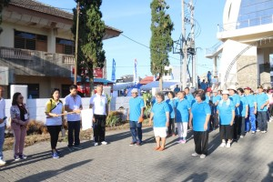 Jalan Sehat awali kegiatan HUT ke-24 Wilayah Tomohon Dua